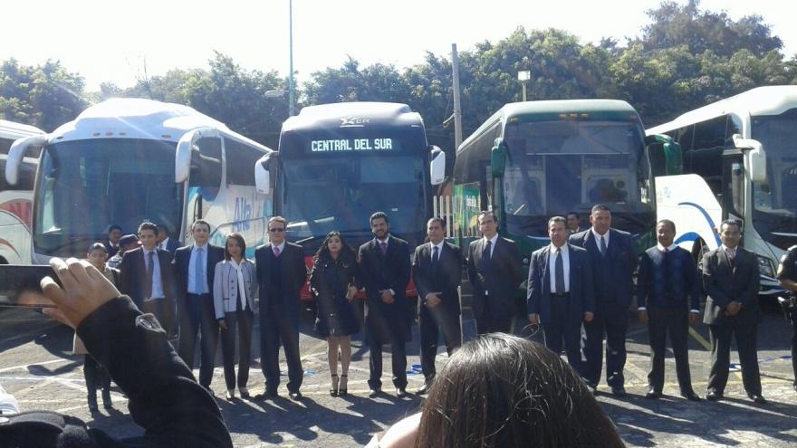 """Ante el operativo """"ÉXODO DE VACACIONISTAS 2017"""", SSP-CDMX participa en el banderazo de salida en el CETRAM Tasqueña"""